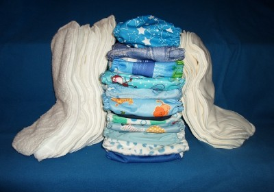 blue_cloth_diapers_and_inserts